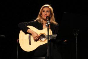 grazia-di-michele-in-concerto-allo-studio-2-di-rete-uno13